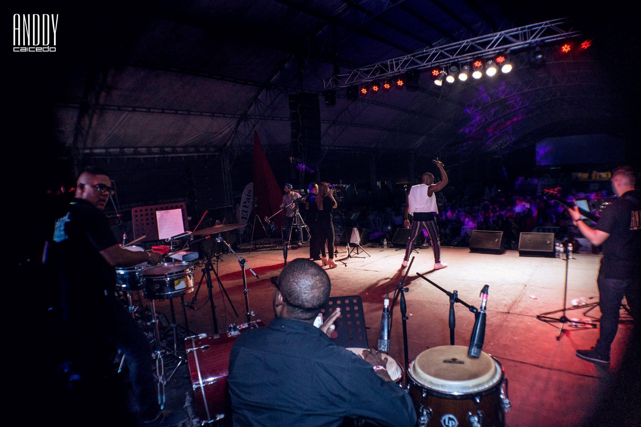 Orquesta de salsa en vivo Anddy Caicedo